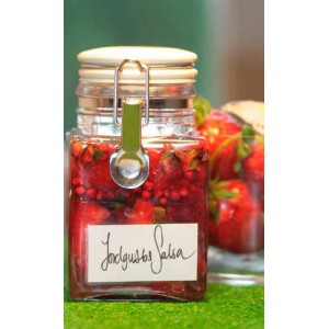 Luscious Strawberry Salsa
