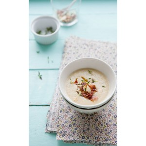Roasted Cauliflower Soup with Bacon & almond crisp
